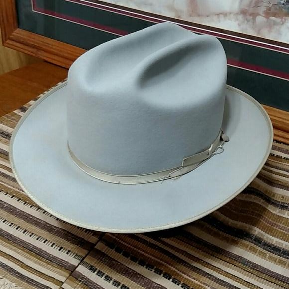 984175fbd4247 John B. Stetson Other - Vintage John B. Stetson Silver Belly Western Royal